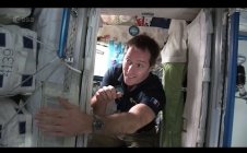 Thomas Pesquet's space bedroom (French)